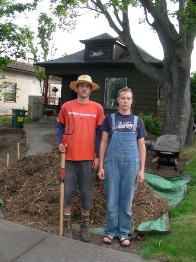 Farm Gwen n Farmer Josh