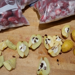 The fruits of winter, part 1: winter jam with quince